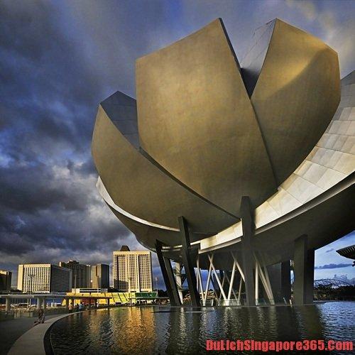 Địa điểm nổi tiếng ở Singapore, khám phá bảo tàng.