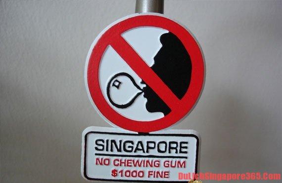 Nhai kẹo cao su điều cần tránh để khỏi gặp rắc rối tại Singapore