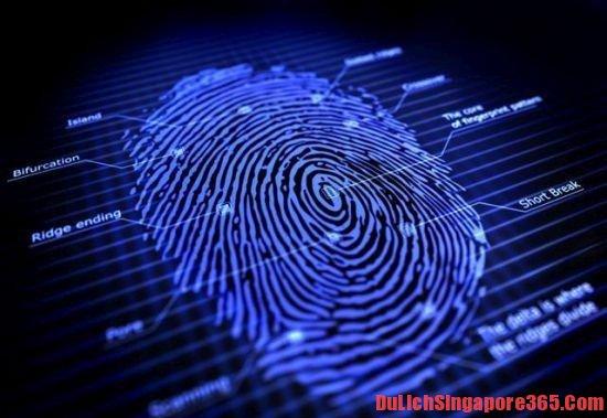 Để không bị từ chối nhập cảnh, phải lấy dấu vân tay hai ngón cái để làm thủ tục nhập cảnh